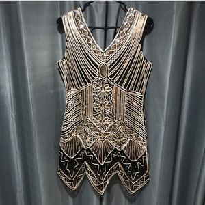 Dresses & Skirts - Flapper Style Sequin Dress